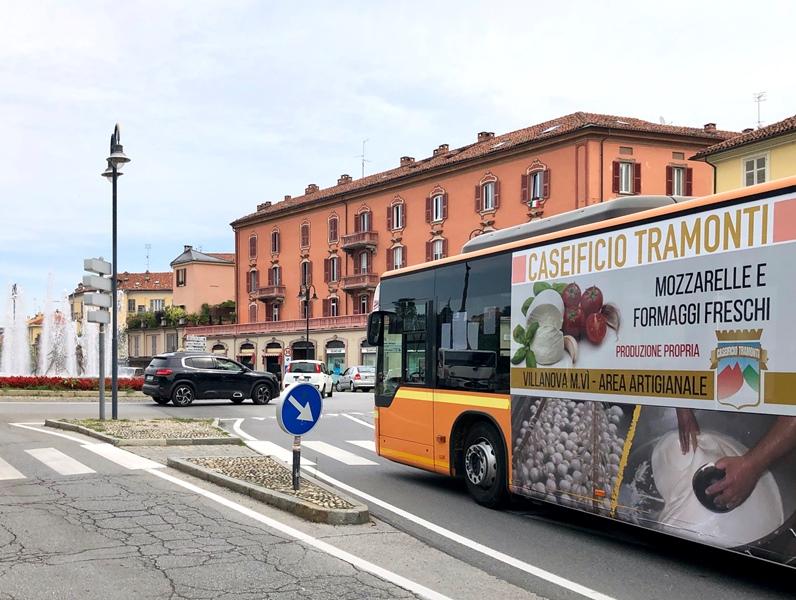 pubblicita_autobus_mondovi