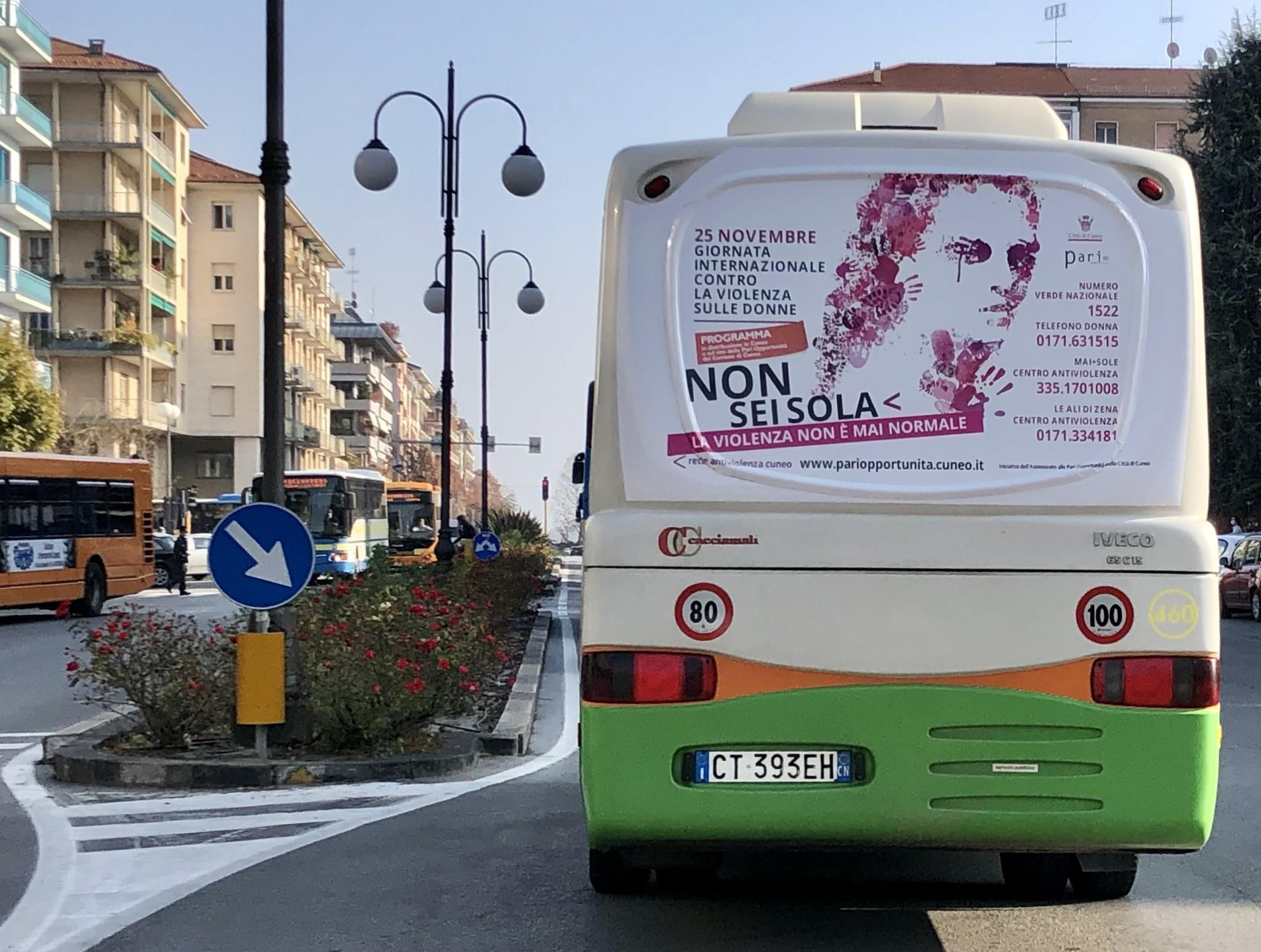 pubblicita_bus_autobus_pullman_cuneo